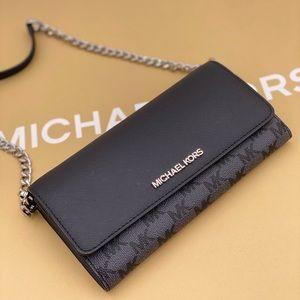 Michael Kors Crossbody Clutch Wallet on Chain
